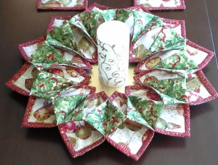 stitch-fold-wreath